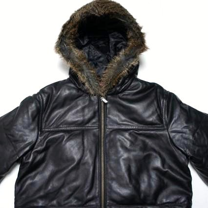Supreme Leather Down Jacket<img class='new_mark_img2' src='https://img.shop-pro.jp/img/new/icons47.gif' style='border:none;display:inline;margin:0px;padding:0px;width:auto;' />