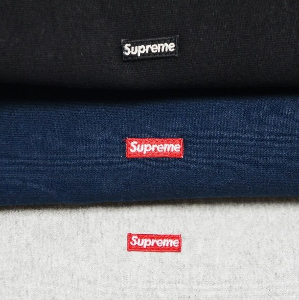 Supreme Small Box Logo Pullover<img class='new_mark_img2' src='https://img.shop-pro.jp/img/new/icons47.gif' style='border:none;display:inline;margin:0px;padding:0px;width:auto;' />