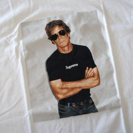 Supreme Lou Reed Box Logo Tee<img class='new_mark_img2' src='//img.shop-pro.jp/img/new/icons47.gif' style='border:none;display:inline;margin:0px;padding:0px;width:auto;' />
