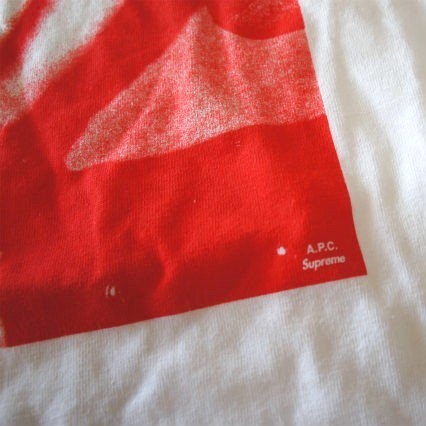 Supreme x A.P.C.(アーペーセー)Tee<img class='new_mark_img2' src='https://img.shop-pro.jp/img/new/icons47.gif' style='border:none;display:inline;margin:0px;padding:0px;width:auto;' />