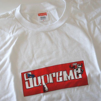 Supreme x Joe Cool Box Logo Limited Edition Tee<img class='new_mark_img2' src='https://img.shop-pro.jp/img/new/icons47.gif' style='border:none;display:inline;margin:0px;padding:0px;width:auto;' />