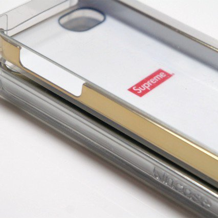Supreme INCASE Bling Logo IPHONE 5<img class='new_mark_img2' src='https://img.shop-pro.jp/img/new/icons47.gif' style='border:none;display:inline;margin:0px;padding:0px;width:auto;' />