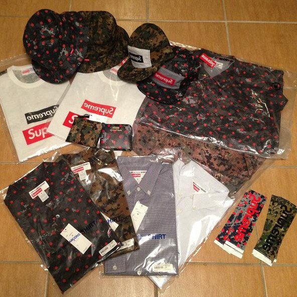 cdg Supreme 2013<img class='new_mark_img2' src='//img.shop-pro.jp/img/new/icons15.gif' style='border:none;display:inline;margin:0px;padding:0px;width:auto;' />