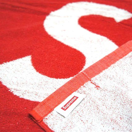 Supreme Supreme Beach Towel & Bling Logo Mini Towel<img class='new_mark_img2' src='https://img.shop-pro.jp/img/new/icons47.gif' style='border:none;display:inline;margin:0px;padding:0px;width:auto;' />