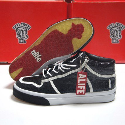 ALIFE PATENT MID<img class='new_mark_img2' src='https://img.shop-pro.jp/img/new/icons16.gif' style='border:none;display:inline;margin:0px;padding:0px;width:auto;' />