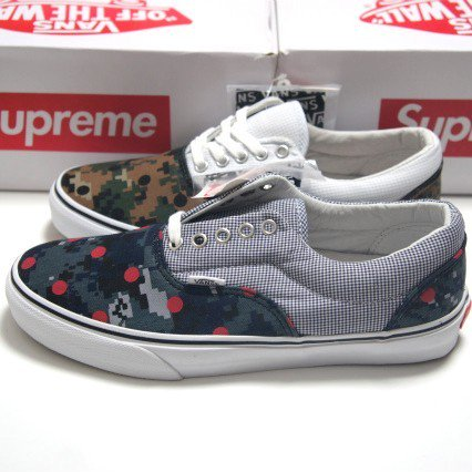 COMME des GARCONS SHIRT  Supreme  VANS<img class='new_mark_img2' src='https://img.shop-pro.jp/img/new/icons47.gif' style='border:none;display:inline;margin:0px;padding:0px;width:auto;' />