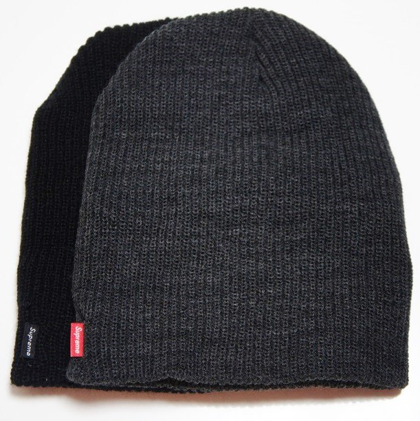 Supreme Basic Beanie<img class='new_mark_img2' src='//img.shop-pro.jp/img/new/icons47.gif' style='border:none;display:inline;margin:0px;padding:0px;width:auto;' />