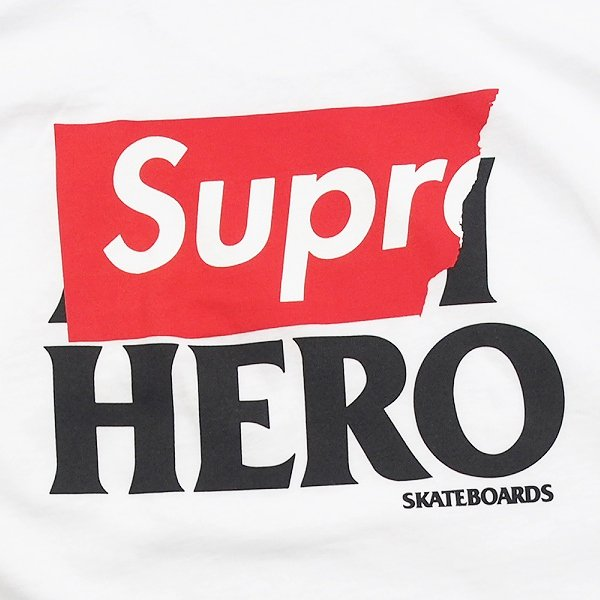 Supreme Anti Hero Pocket Tee<img class='new_mark_img2' src='//img.shop-pro.jp/img/new/icons47.gif' style='border:none;display:inline;margin:0px;padding:0px;width:auto;' />