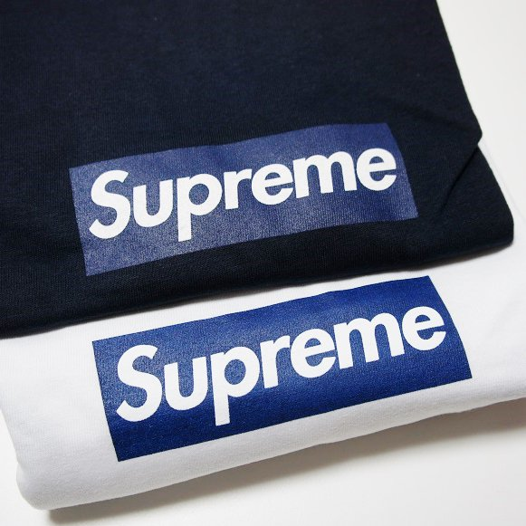 Supreme New York Yankees Box Logo Tee<img class='new_mark_img2' src='//img.shop-pro.jp/img/new/icons47.gif' style='border:none;display:inline;margin:0px;padding:0px;width:auto;' />