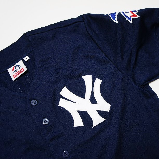 Supreme New York Yankees Jersey<img class='new_mark_img2' src='//img.shop-pro.jp/img/new/icons47.gif' style='border:none;display:inline;margin:0px;padding:0px;width:auto;' />