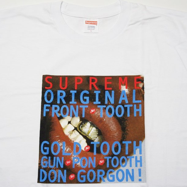 Supreme Gold Tooth Tee<img class='new_mark_img2' src='https://img.shop-pro.jp/img/new/icons47.gif' style='border:none;display:inline;margin:0px;padding:0px;width:auto;' />