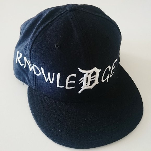 Supreme Knowlege Reigns New Era Cap<img class='new_mark_img2' src='//img.shop-pro.jp/img/new/icons47.gif' style='border:none;display:inline;margin:0px;padding:0px;width:auto;' />