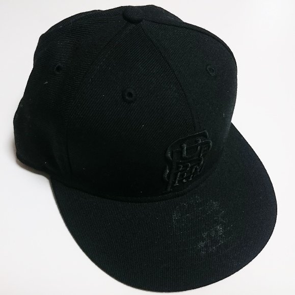 Supreme New Era Cap<img class='new_mark_img2' src='//img.shop-pro.jp/img/new/icons47.gif' style='border:none;display:inline;margin:0px;padding:0px;width:auto;' />