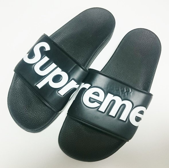 Supreme Sandals サンダル<img class='new_mark_img2' src='https://img.shop-pro.jp/img/new/icons47.gif' style='border:none;display:inline;margin:0px;padding:0px;width:auto;' />