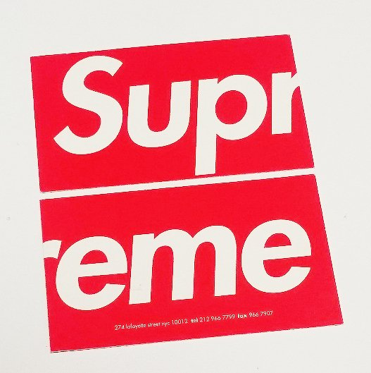 Supreme New York Business Card<img class='new_mark_img2' src='//img.shop-pro.jp/img/new/icons15.gif' style='border:none;display:inline;margin:0px;padding:0px;width:auto;' />