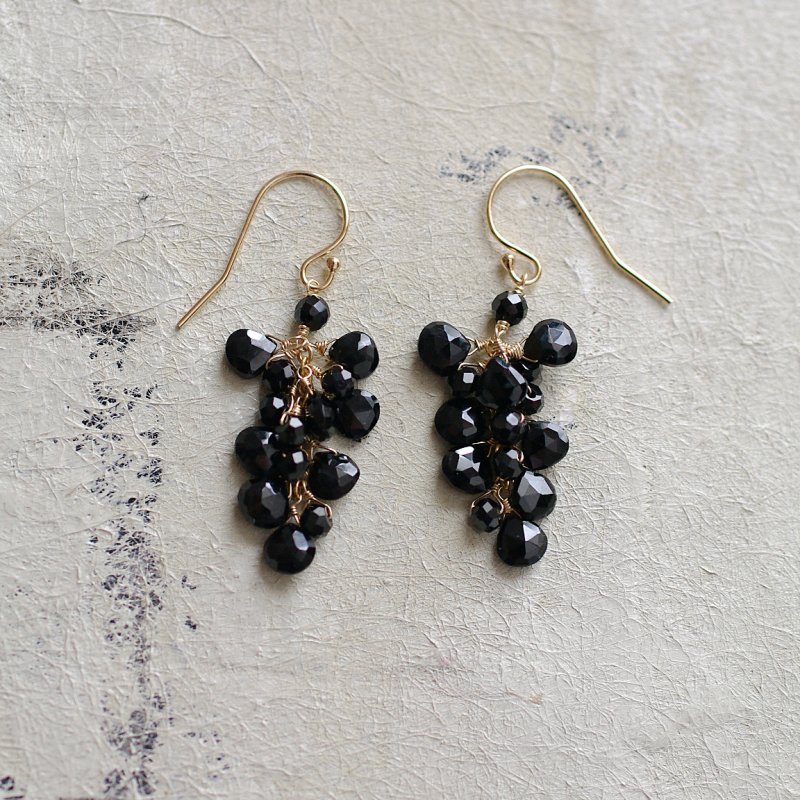 fusa : Black Spinel(earring)