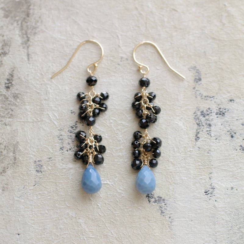 yamabudo : Black Spinel , Blue Opal(earring)