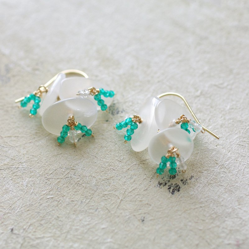 hana : Moonstone , GreenTopaz(earring)