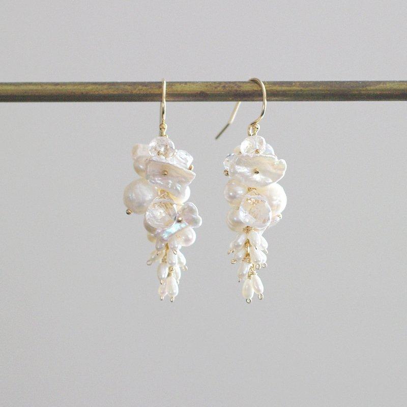 fusa : White Bouquet / 花 S(earring)