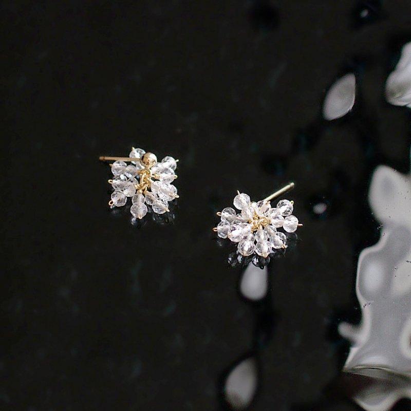 WhiteTopaz  ぱっと咲く(earring)