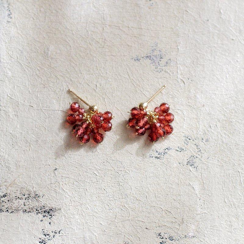 Garnet ぱっと咲く(earring)