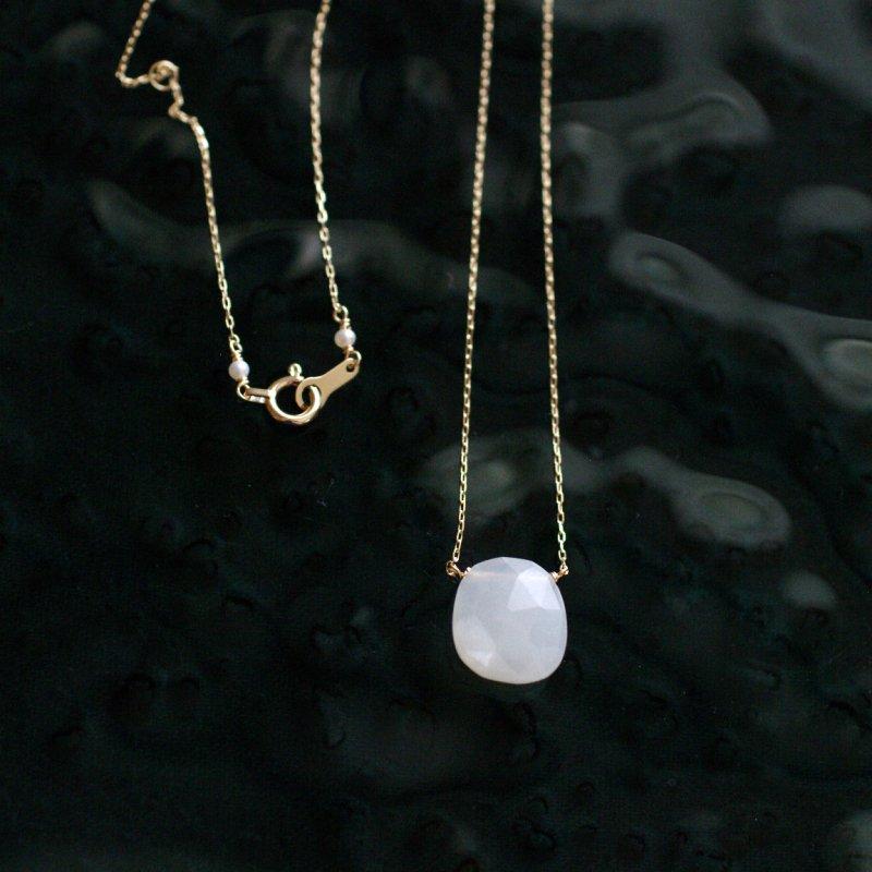 namida : white Moonstone(necklace)