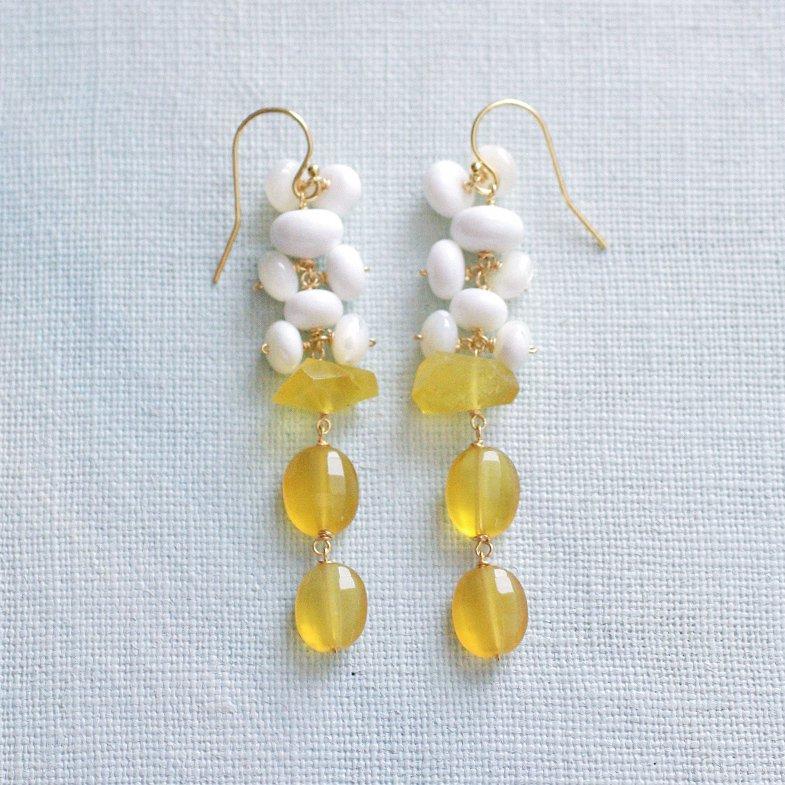 fusa : yellow & white(earring)