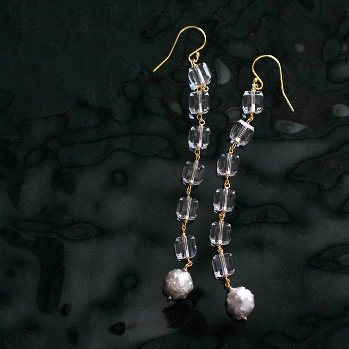 Square Crystal , gray Pearl(earring)