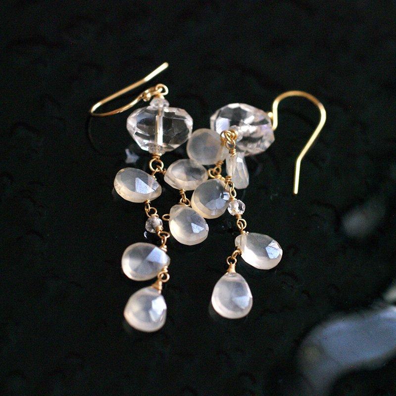 fusa : WhiteChalcedony , Crystal(earring)