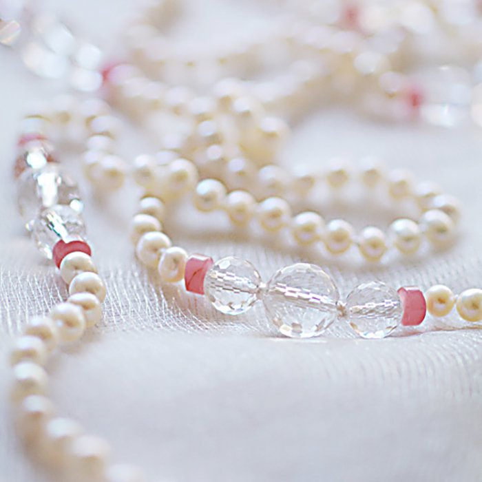 White pearl , Crystal , Inca Rose(necklace)