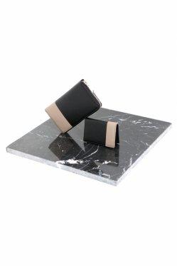 MUZE - LEATHER PASSCASE (BLACK × BEIGE)