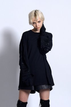 PARADOX - LAYERED LONG TEE (BLACK)