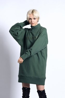 【40%OFF】PARADOX - HIGH NECK SWEAT (GREEN)