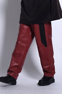 MUZE - LEATHER SLACKS (RED)