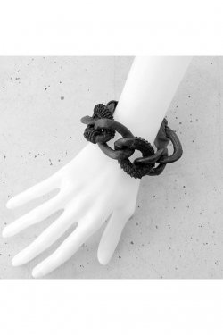 【※受注商品】BLACK TRIANGLE DESIGN - WRAPPED LEATHER big chain bracelet (black thorn × grey)