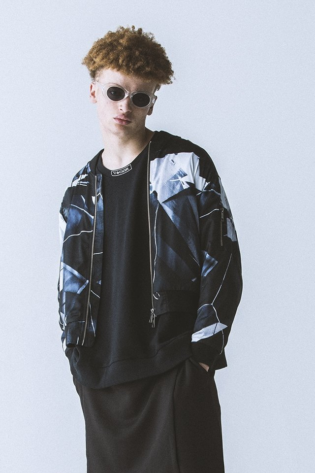 <img class='new_mark_img1' src='https://img.shop-pro.jp/img/new/icons20.gif' style='border:none;display:inline;margin:0px;padding:0px;width:auto;' />【30%OFF】PARADOX - GRAPHIC BLOUSON(FACTOR)パラドックス グラフィックブルゾン
