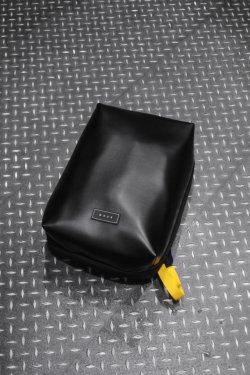 MUZE × beruf baggage - PVC BACK PACK (BLACK×YELLOW)