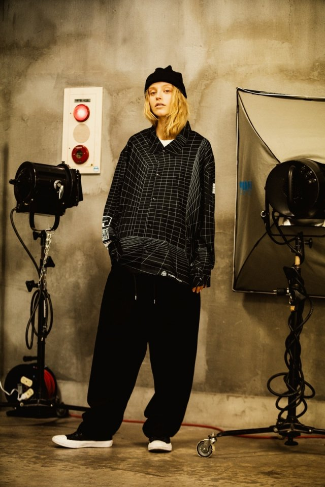 LEGENDA × PARADOX - COACH SHIRTS(BLACK)