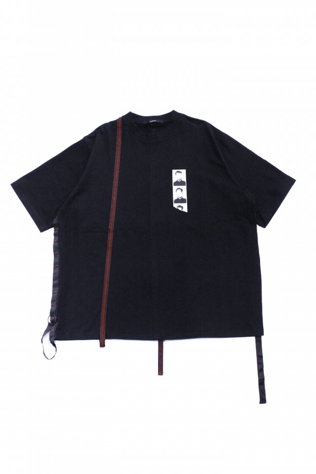 <img class='new_mark_img1' src='https://img.shop-pro.jp/img/new/icons34.gif' style='border:none;display:inline;margin:0px;padding:0px;width:auto;' />【30%OFF】KOMAKINO - LOOPS T-SHIRT(BLACK) コマキノ S/S2020 collection