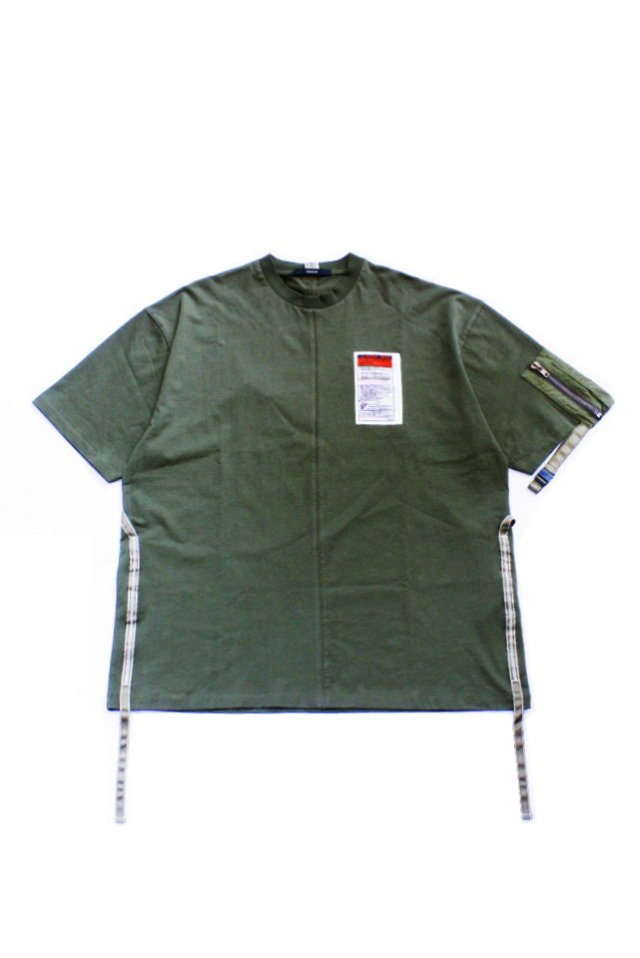 <img class='new_mark_img1' src='https://img.shop-pro.jp/img/new/icons1.gif' style='border:none;display:inline;margin:0px;padding:0px;width:auto;' />KOMAKINO - UTILITY SLEEVE T-SHIRT(GREEN) コマキノ S/S2020 collection