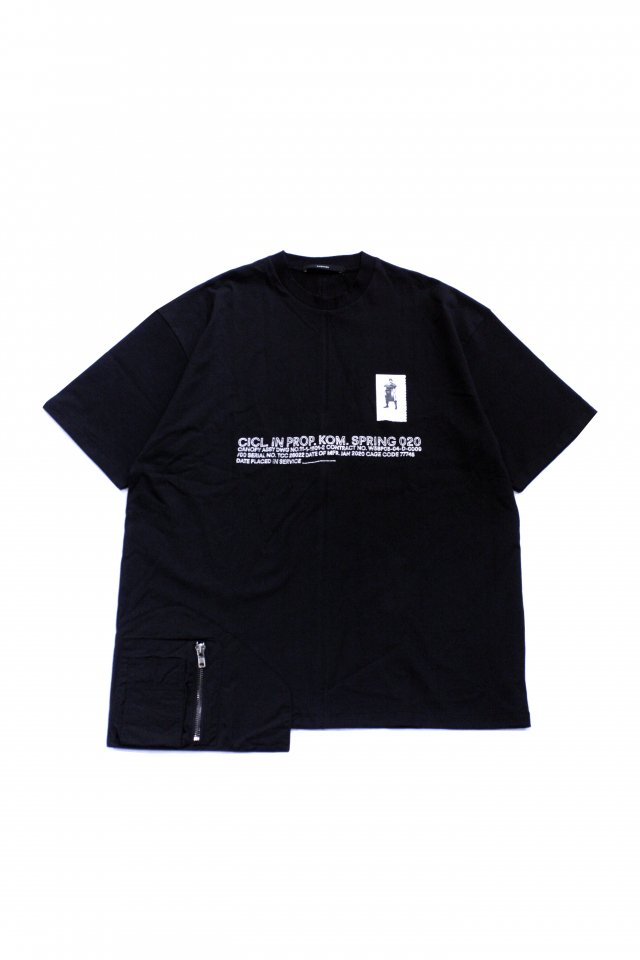 <img class='new_mark_img1' src='https://img.shop-pro.jp/img/new/icons1.gif' style='border:none;display:inline;margin:0px;padding:0px;width:auto;' />KOMAKINO - UTILITY SIDE T-SHIRT(BLACK) コマキノ S/S2020 collection