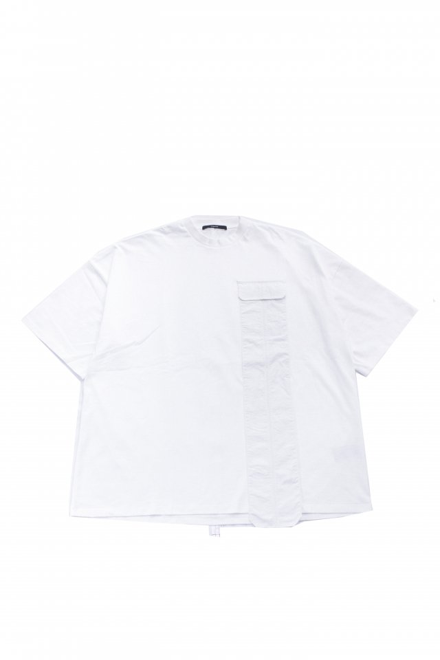 <img class='new_mark_img1' src='https://img.shop-pro.jp/img/new/icons1.gif' style='border:none;display:inline;margin:0px;padding:0px;width:auto;' />KOMAKINO - DROPPED POCKET T-SHIRT(WHITE) コマキノ S/S2020 collection