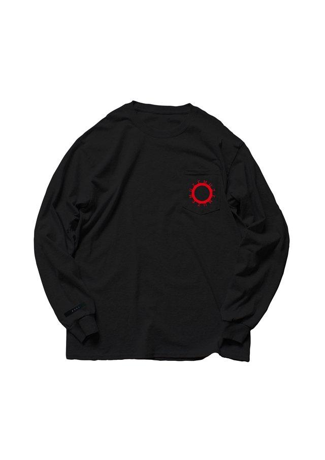 【6月上旬お届け予定先行予約商品】MUZE - 未渦 CIRCLE LOGO POCKET L/S TEE(BLACK/RED)