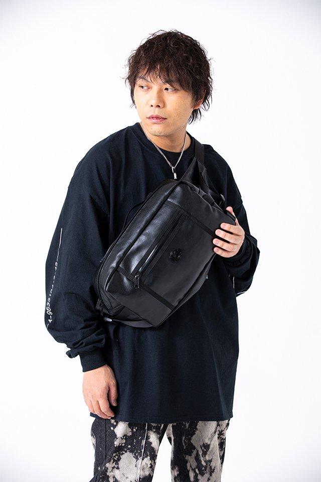 ピエール中野×LISTLESS「ショルダーバッグ」