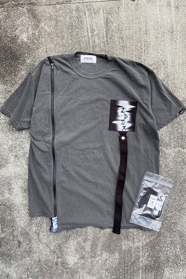 PRDX PARADOX TOKYO-RECONSTRUCTED BIG TEE including the mask