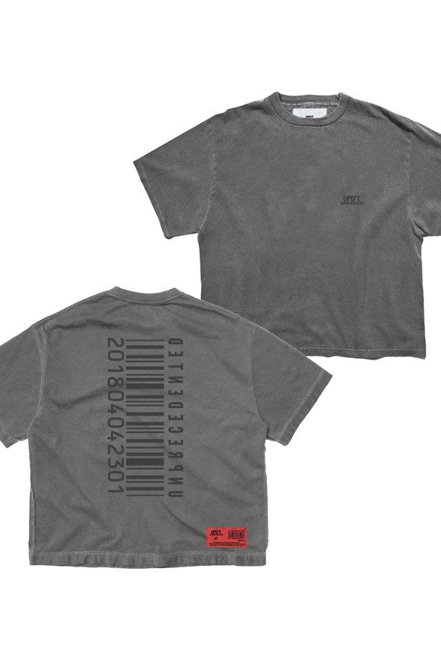 【受注商品7月下旬お届け予定】UPD'T - PIGMENT LOGO Tシャツ(ASH BLACK)