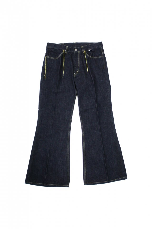 <img class='new_mark_img1' src='https://img.shop-pro.jp/img/new/icons1.gif' style='border:none;display:inline;margin:0px;padding:0px;width:auto;' />FACCIES - 14oz Selvedge Big Bell (OW)