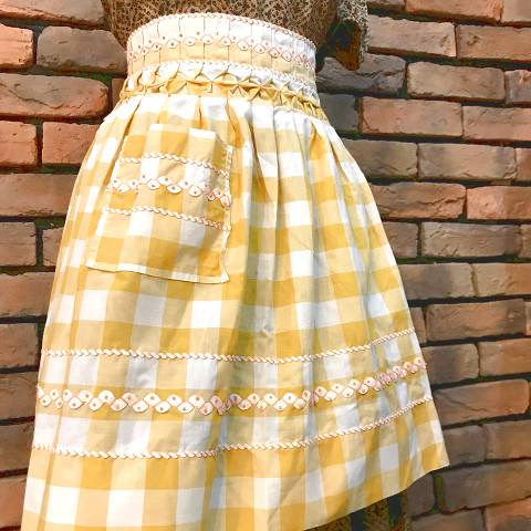 <img class='new_mark_img1' src='//img.shop-pro.jp/img/new/icons13.gif' style='border:none;display:inline;margin:0px;padding:0px;width:auto;' />Yellow x White Gingham Apron