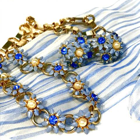 Blue Flower Necklace w/Earrings