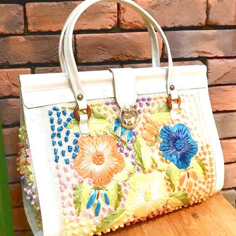 Flower Raffia Purse